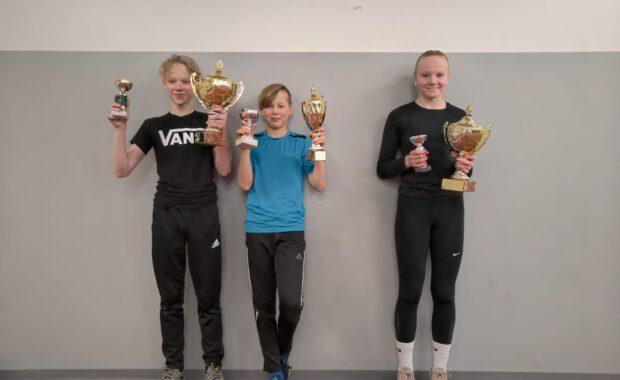 Juniorijaosto palkitsi parhaiten menestyneitä junioriurheilijoita
