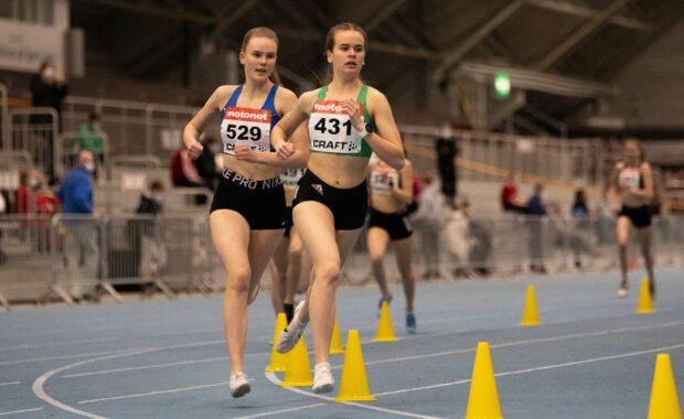 Nelli Viskari ja Martti Majuri toivat hopeaa nuorten SM-halleista
